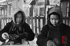 老照片1945:移民中国东北的日本女孩在日本亡国后凄惨的生活