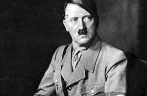 此国被认为是纳粹的殖民地,一直到现在士兵还穿着纳粹军服