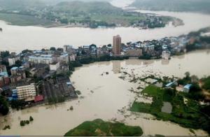重庆迎来今年最强洪峰,航拍合川太和镇被淹