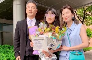 贾静雯与前夫孙志浩离婚九年后首度同框,撕破脸与和好都因为女儿