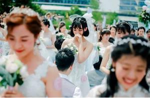 曾凭借1首歌红遍大江南北,如今34岁的她婚礼获马云证婚
