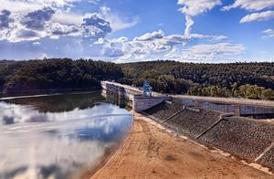 旱情加剧,澳洲悉尼10年来首次实施一级限水令