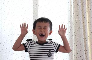 青岛7岁男孩临终捐出器官挽救5个家庭!和妈妈最后的团聚看哭无数人
