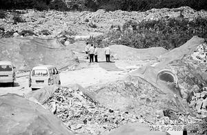 河南新郑:20多亩露天垃圾场堆积如山,村民:昼夜不停倒、没人管
