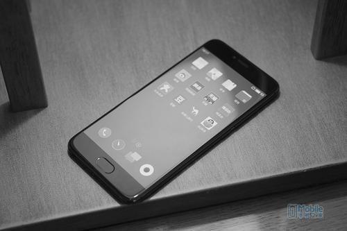 六个月的打磨抛光 2699元魅族手机PRO6s公布