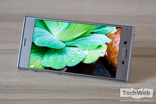 持续X系列产品设计风格!sony旗舰级Xperia XZ手机上感受测评