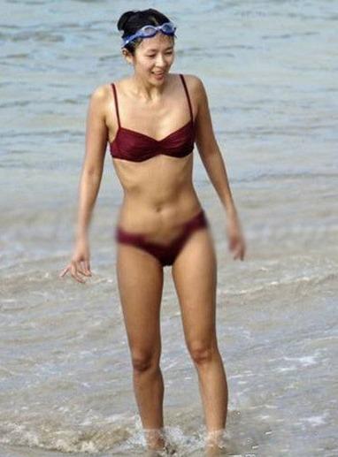 30位女星早年泳装照曝光谁最性感(图)