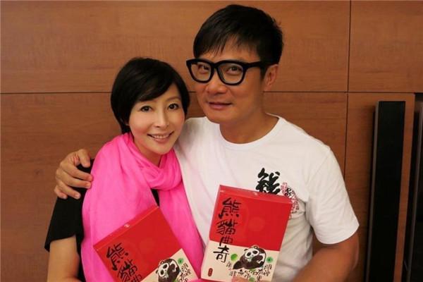 TVB家喻户晓的明星夫妻,郭晋安欧倩怡真的越长越像