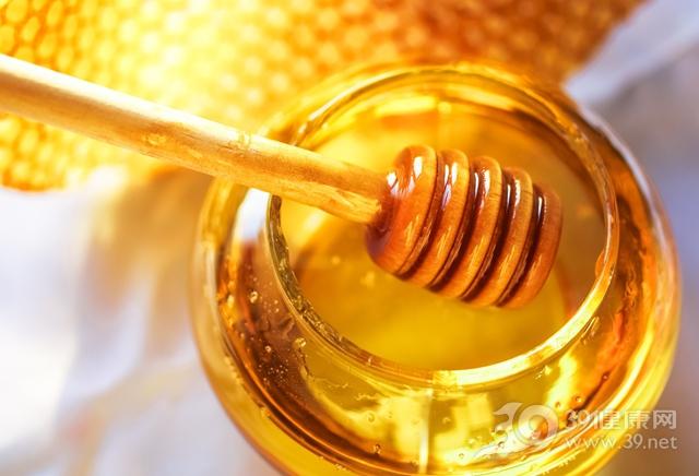 这个时间喝蜂蜜水,养生效果最佳!都看看,以后别再喝错了