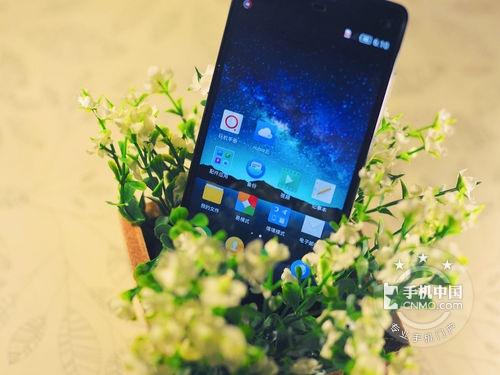 不上两千元价钱的好商品 买哪种手机上特惠