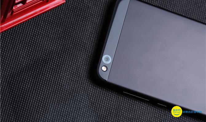 小米手機第一款自主研發集成ic 小米手機4C測評