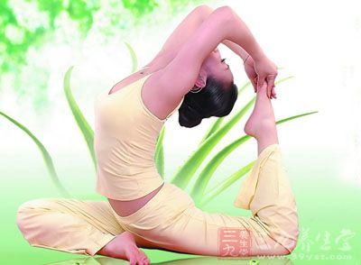 丰胸瑜伽 七招丰胸瑜伽让你罩杯提升