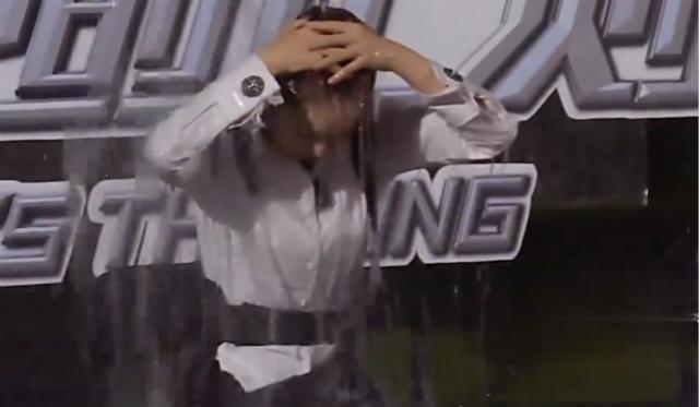 揭秘《挑战的法则》幕后,戚薇抱怨:录这节目我内裤都湿完了