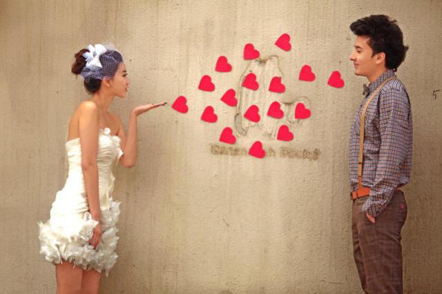怎样表白比较浪漫?这种表白方式是科技手段无法代替的