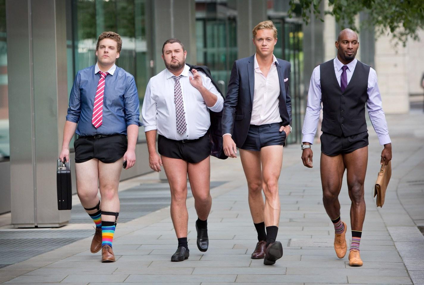齐蛋短裤是什么样子的,英国男生穿齐蛋短裤