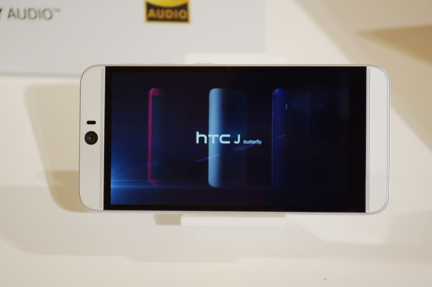 HTC Butterfly 3 三监控摄像头2K屏骁龙810宣布