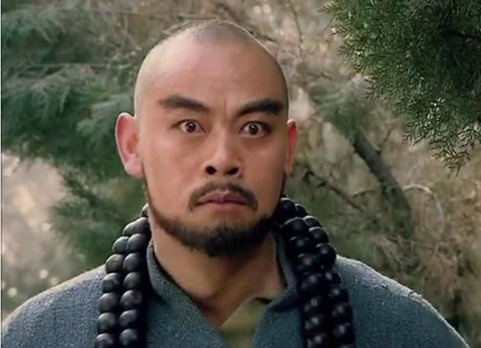 看上去耿直的鲁智深原来是个心机boy,倒拔垂杨柳是他在炒作?