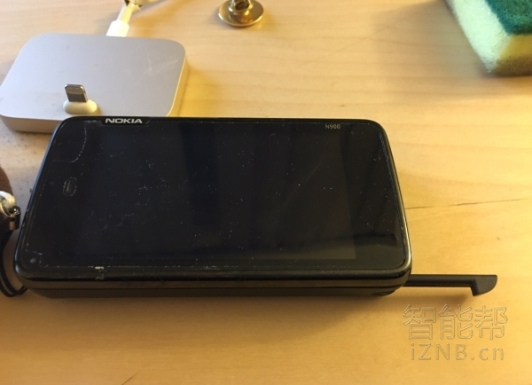 一起来复古一下,追忆Nokia N900