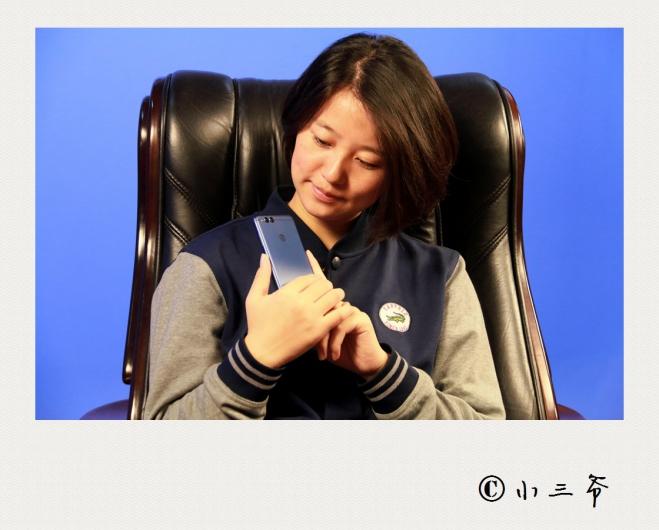 「小三爷测评」荣誉第一款全屏手机-荣耀畅玩7X拆箱