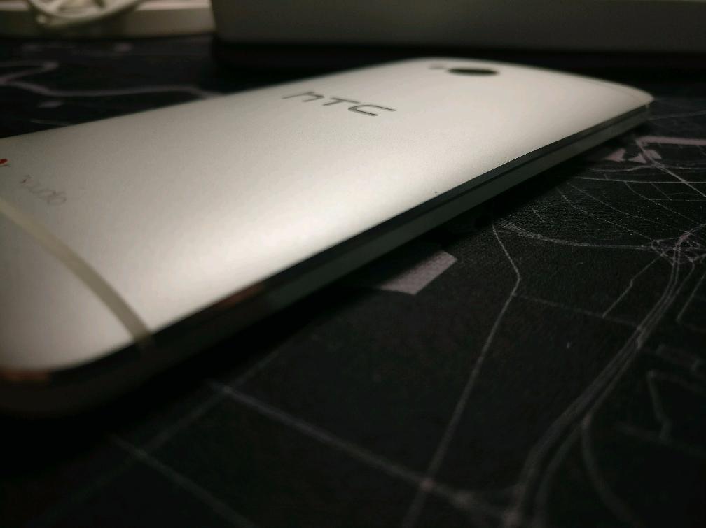 二手系列产品之往日霸者目前220块的HTC M7你要喜欢吗?