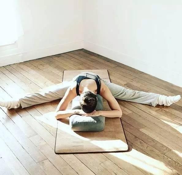 坐角式,坐着就能减掉20斤,让你腹部的赘肉一斤斤地掉!
