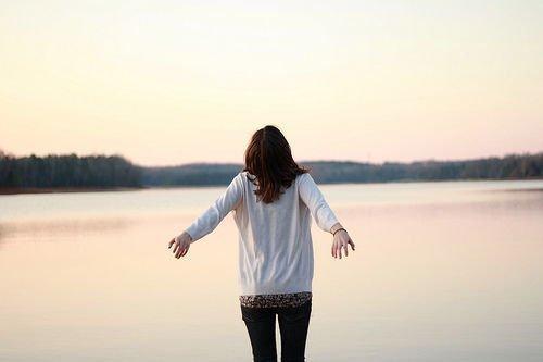 爱上一个人,十五句心情说说,爱情感悟