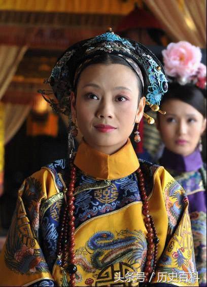 她十四岁嫁雍正,因认识了甄嬛而好运不断,活到九十七岁才去世!