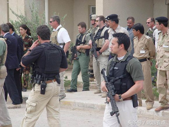 """伊拉克战后的 美国 """"黑水"""" 保安公司!"""
