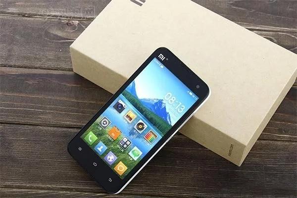 小米手机也不甘心坠落热搜榜,官方网自身曝出的MIUI10