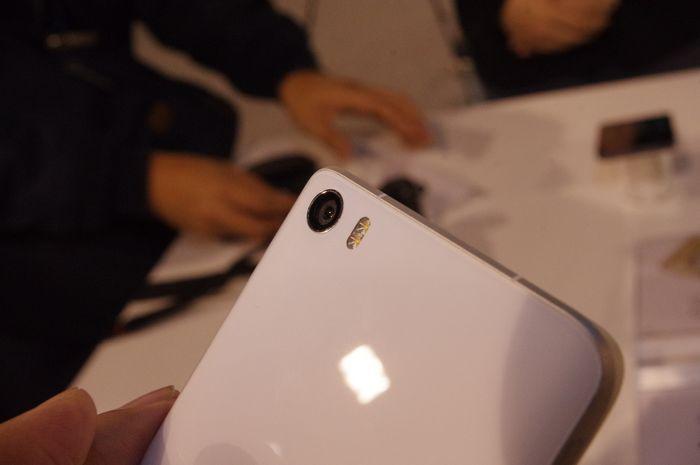 文字直送科技新闻: 小米5 手机上专业版将于 5 月 17 号在台发布