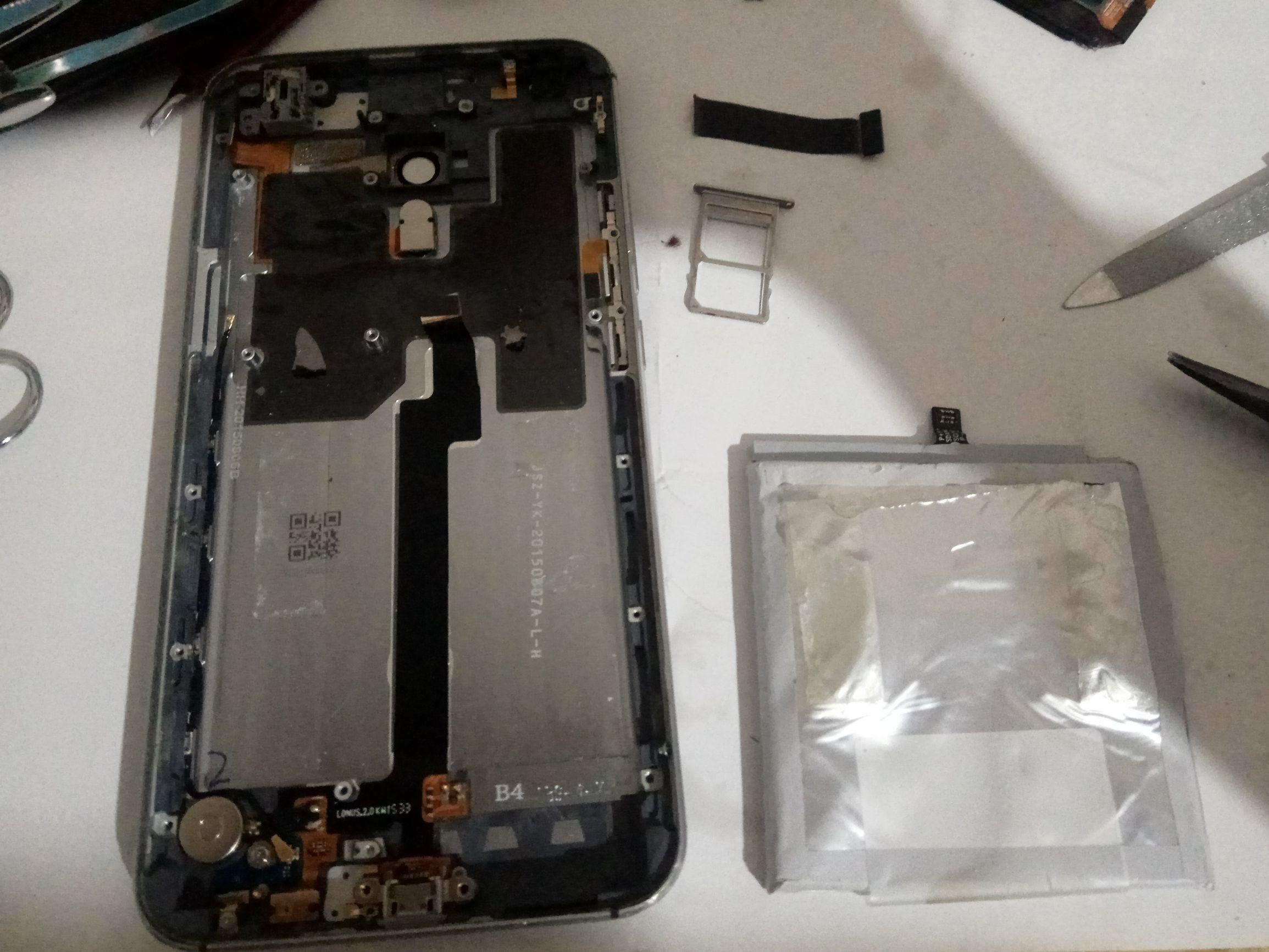 魅族MX5拆卸:两年前的旧旗舰级加工工艺不输当今手机上,和小米6比如何