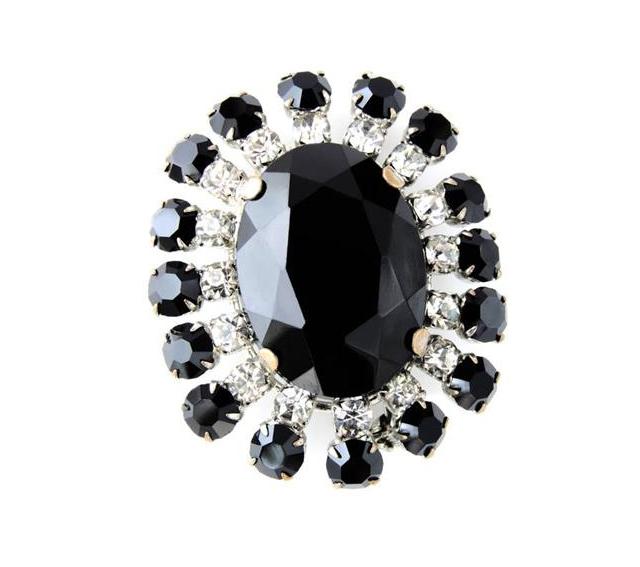 黑宝石之一:煤玉