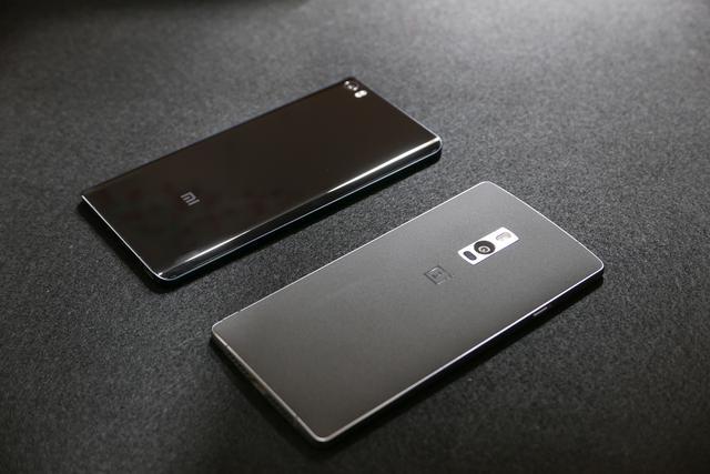 最新版本一加2手机上外型简略详细介绍