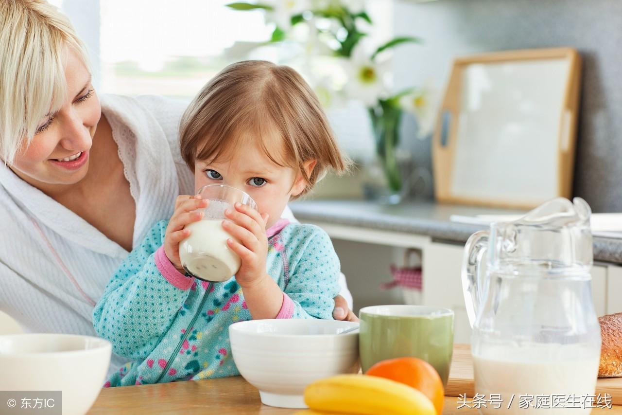 营养师坦白:早晚喝一杯牛奶,原来对人体带来这些好处!