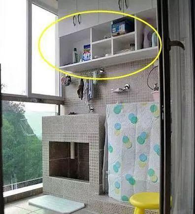 闺蜜家阳台用砖砌洗衣池,一开始我笑丑,完工后才明白很实用