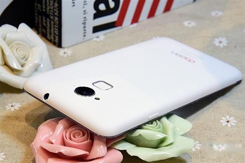 相聚8.20 全世界第一款1000元指紋驗證機高手Note3發售