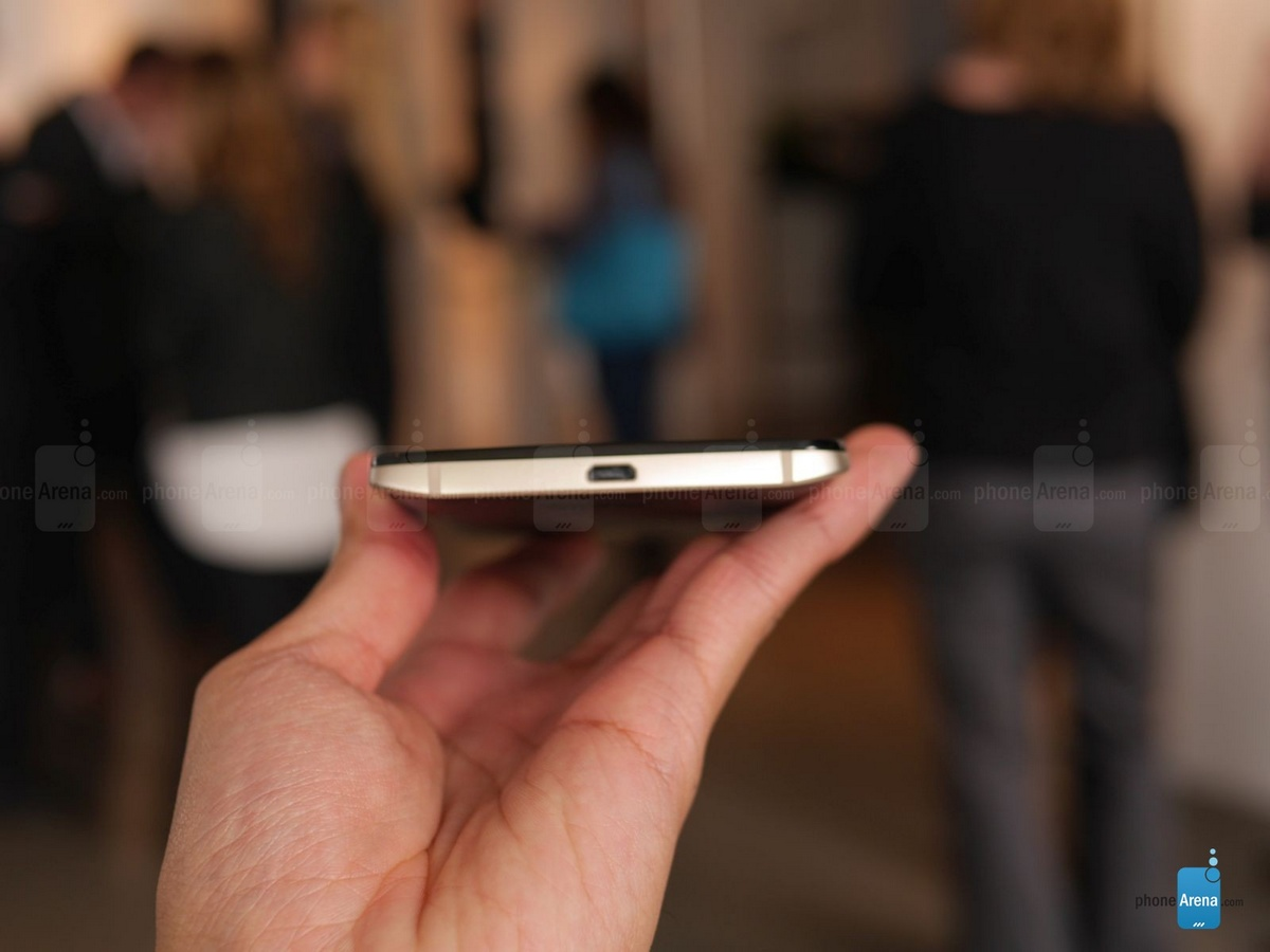 摩托罗拉手机发布DROID Turbo 2,防摔显示屏 3760mAh充电电池