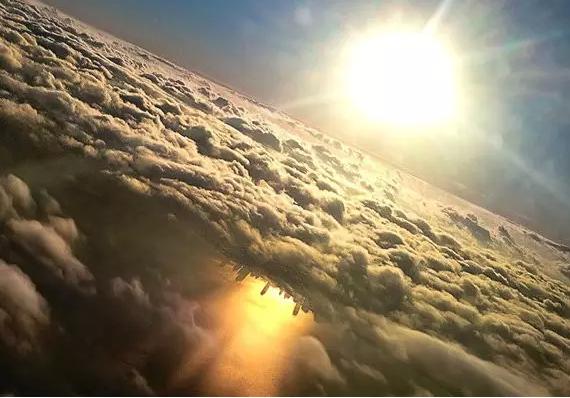 美到窒息!飞机窗边的美景,你见过吗?