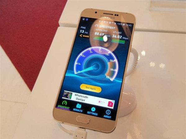 三星Galaxy A8真机曝出:5.8mm纤薄外壳