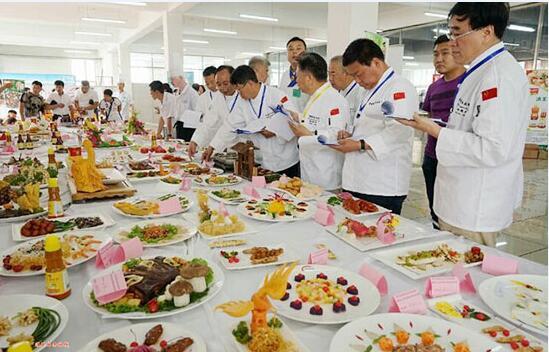 第二届中国国际西餐厨艺大赛落幕 成都新东方教师载誉归来