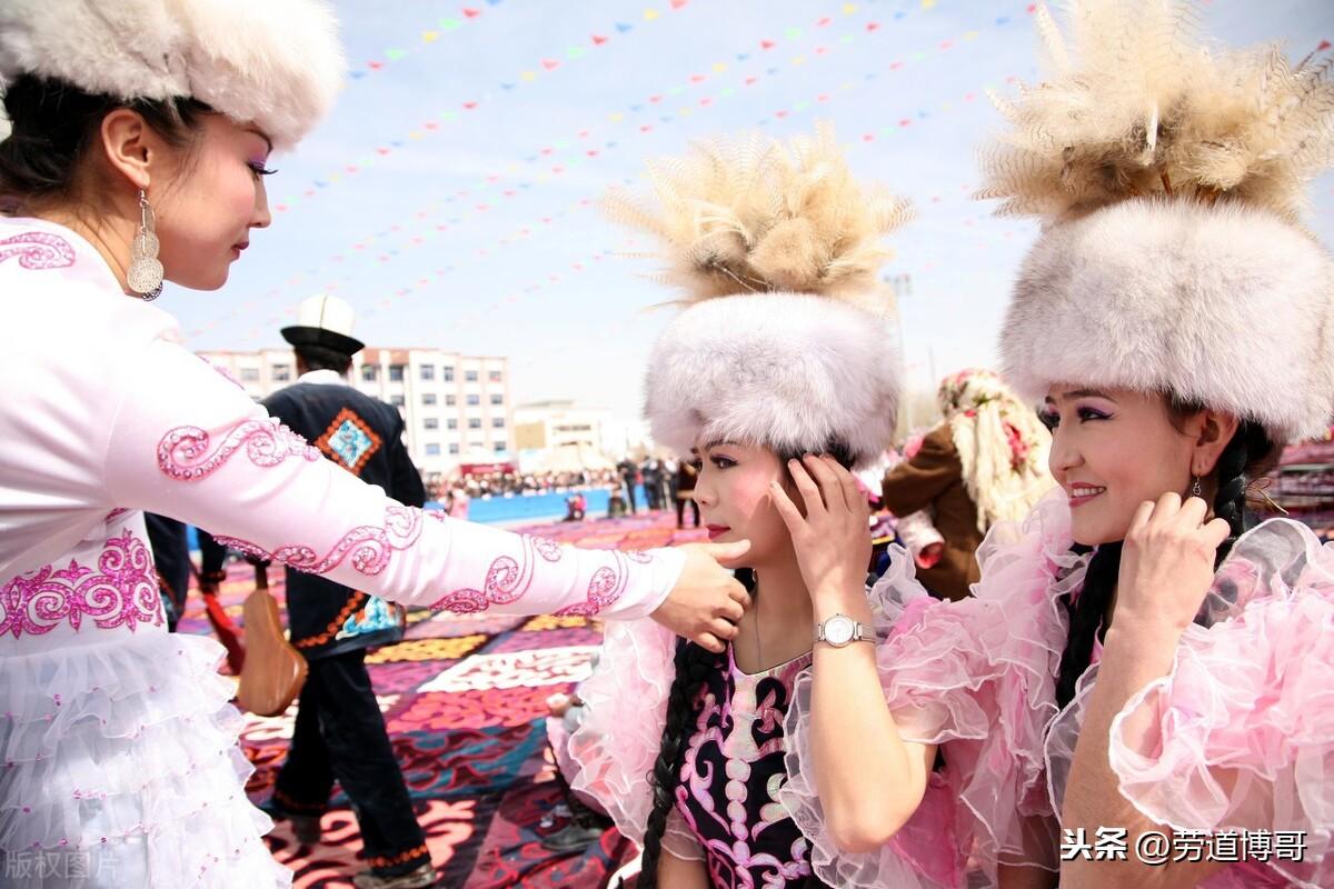 新疆四十七个民族大盘点,来感受一下西域边陲绚丽多彩的人文吧