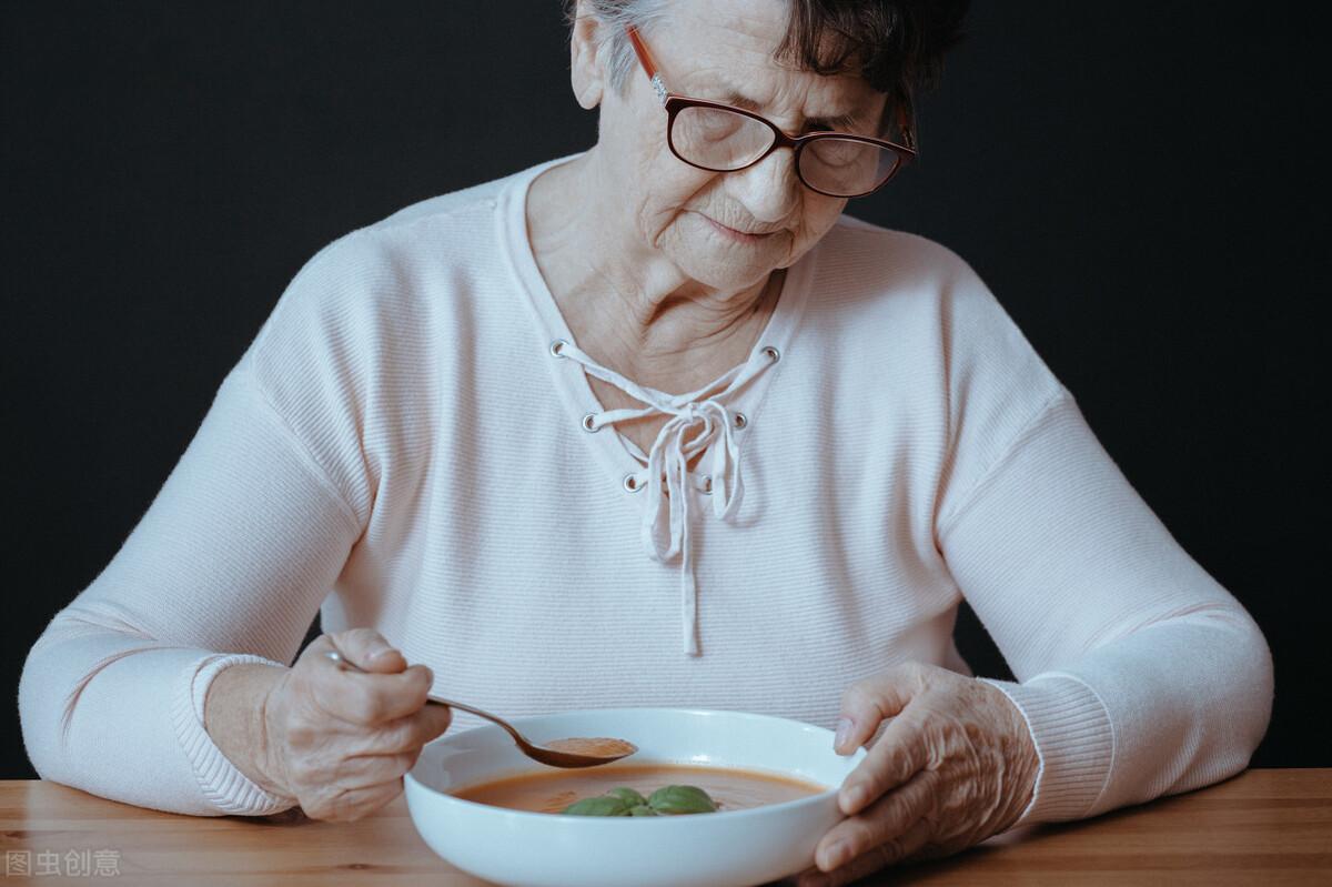 老年人怕营养不良?不止如此,这3个问题需谨记,做好防范工作很重要