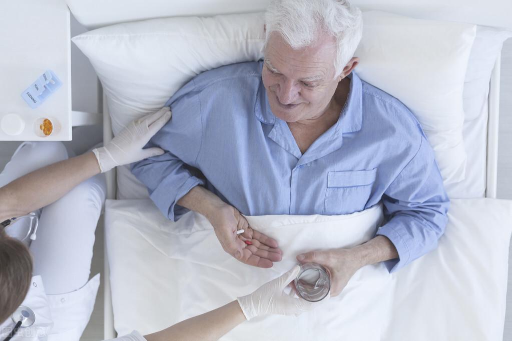 """他以为前列腺疾病是个""""小问题"""",但他却治疗了很多年"""