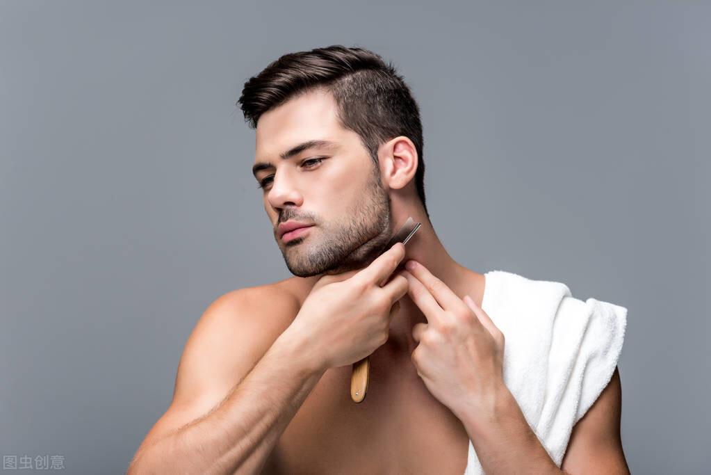 男生刮胡子的最佳年龄是多岁?在什么时间段,不宜刮胡子?