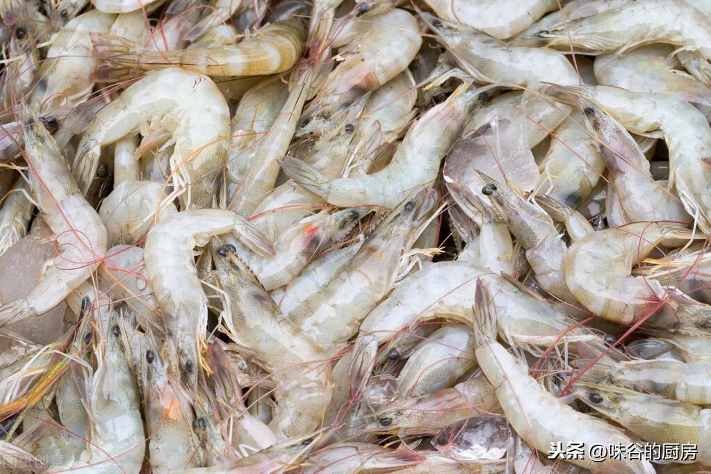 買蝦時,看到這4種,不管多便宜都別買,老漁民:從不給家人吃