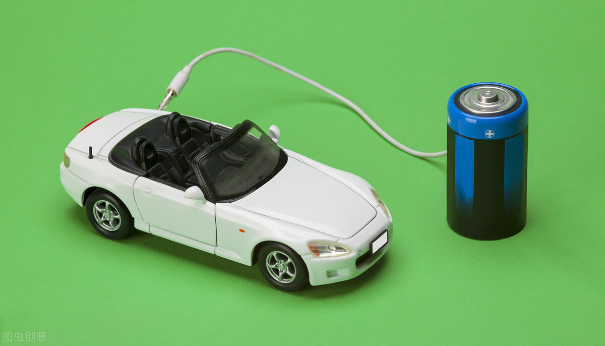 """""""看着吧""""小米承认变相造车;德赛电池计划向太阳公司增资1200万美元"""