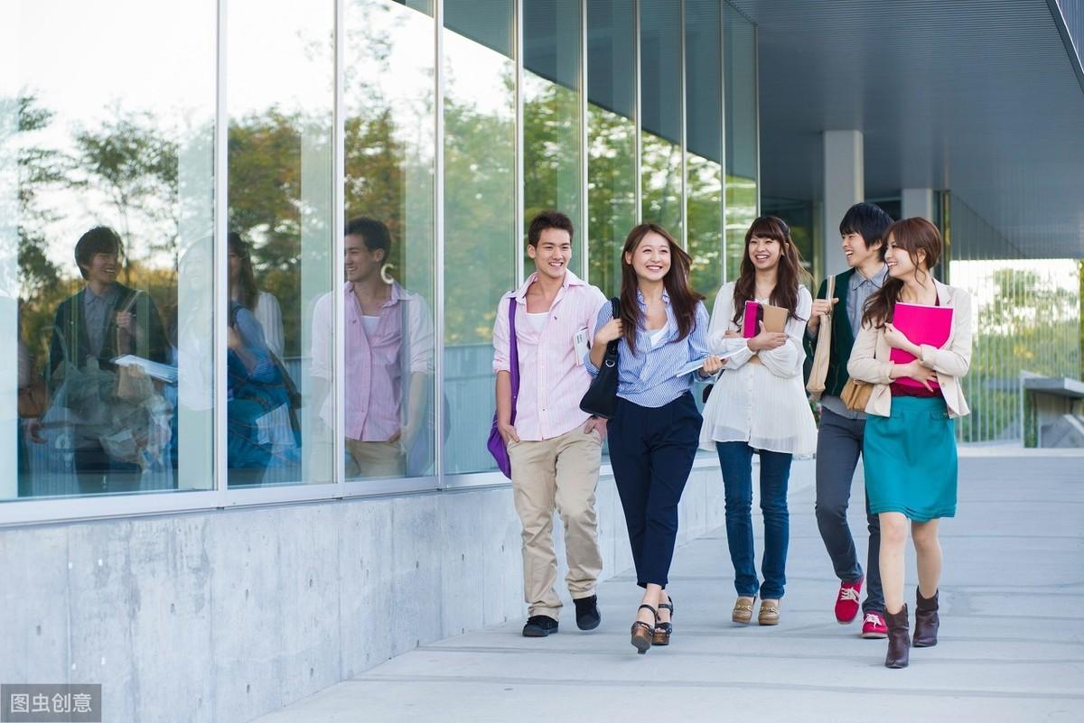 2020大学生入深户最关心的9大问题!入户条件和补贴都在这里