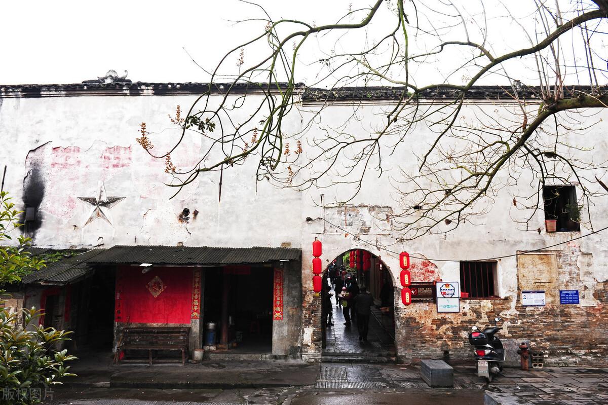 這裡是湘西第一古鎮,不是鳳凰,卻是南方絲路明珠,免門票遊玩