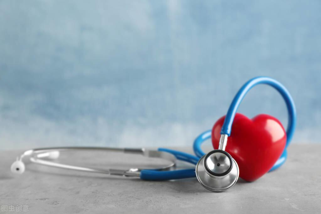 心梗发作前有何预兆?医生告诉你:怎样识别与心梗后急救
