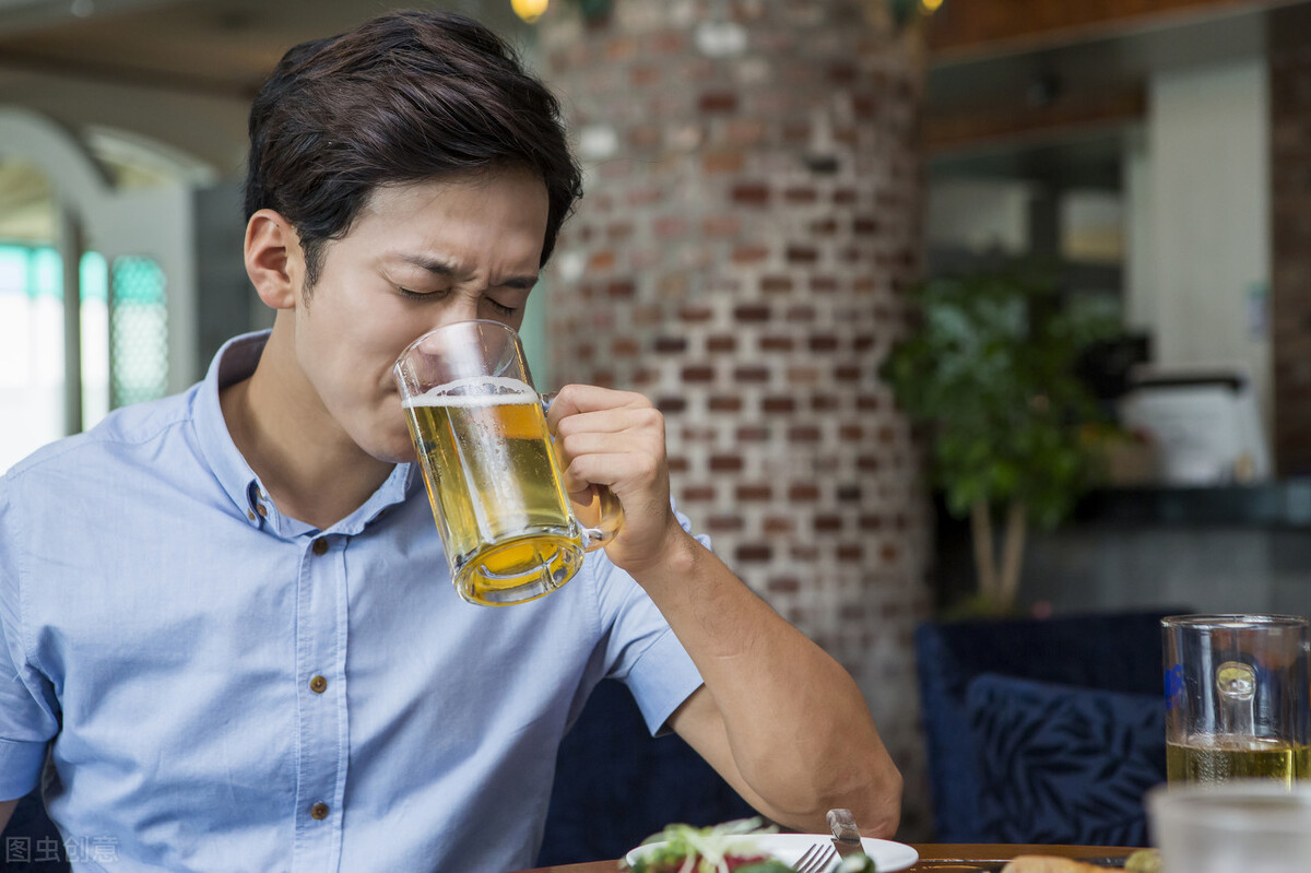 这四个坏习惯,正在危害你的肠胃,需要注意了